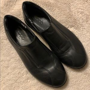 Ecco black loafers size 38